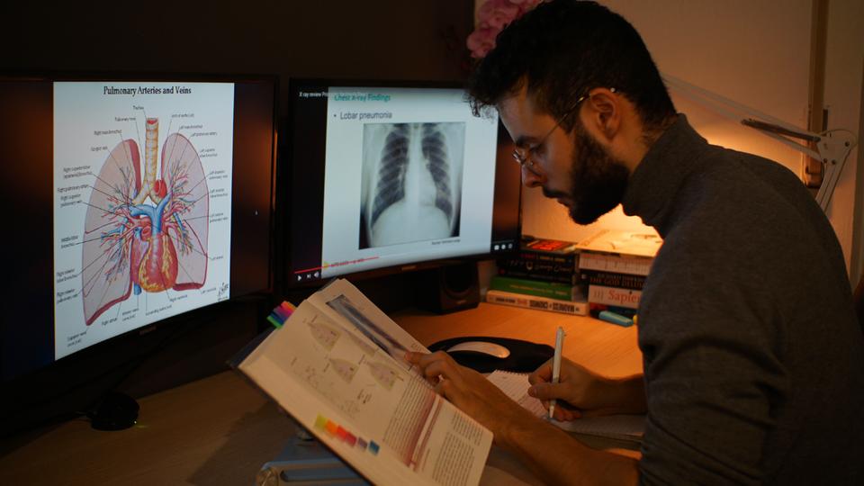 Ari Horesh studying for IMAT